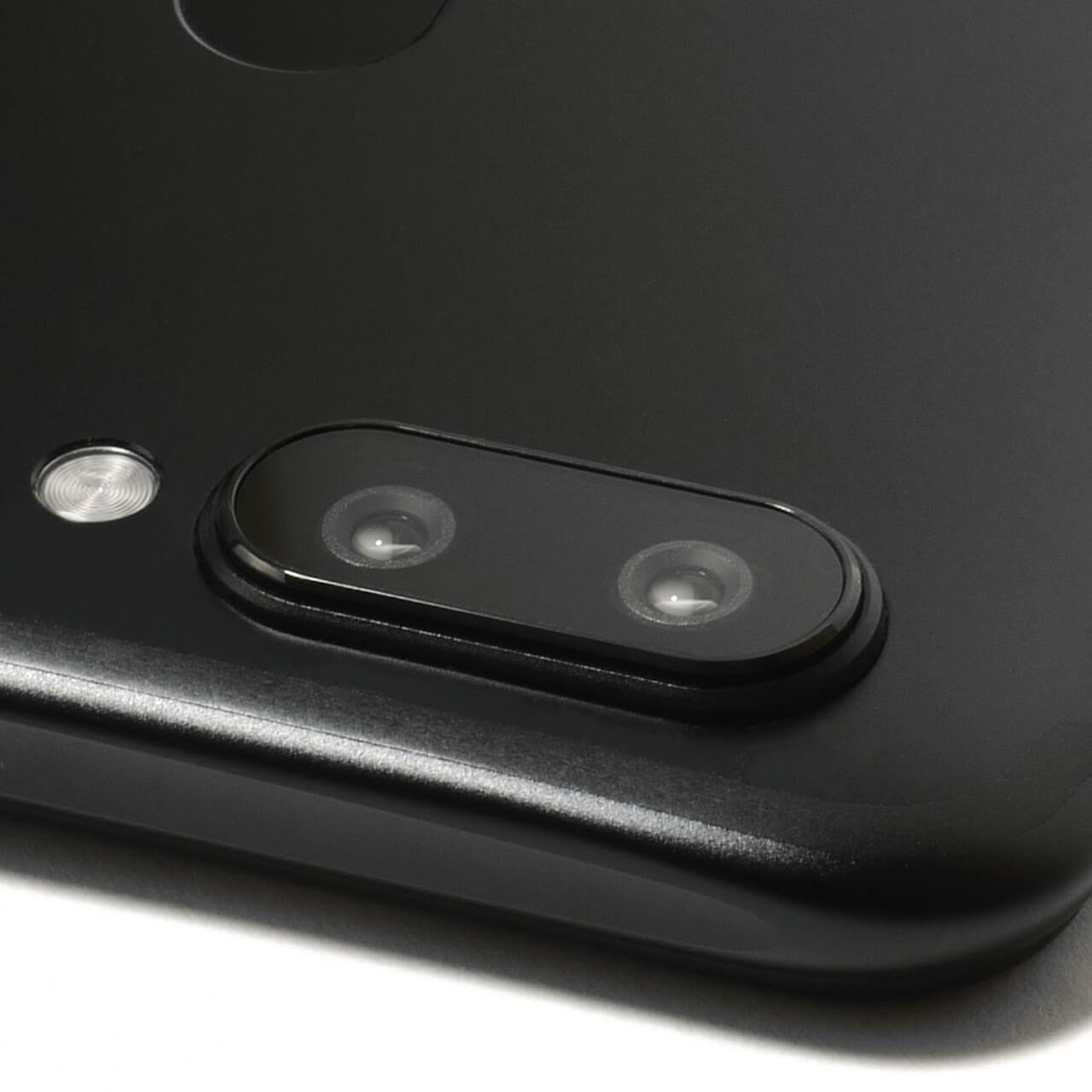 R11SのレンズはF1.7に対応!めちゃくちゃ明るくてめちゃくちゃ綺麗にボケてくれます!一眼レフいらずですね!