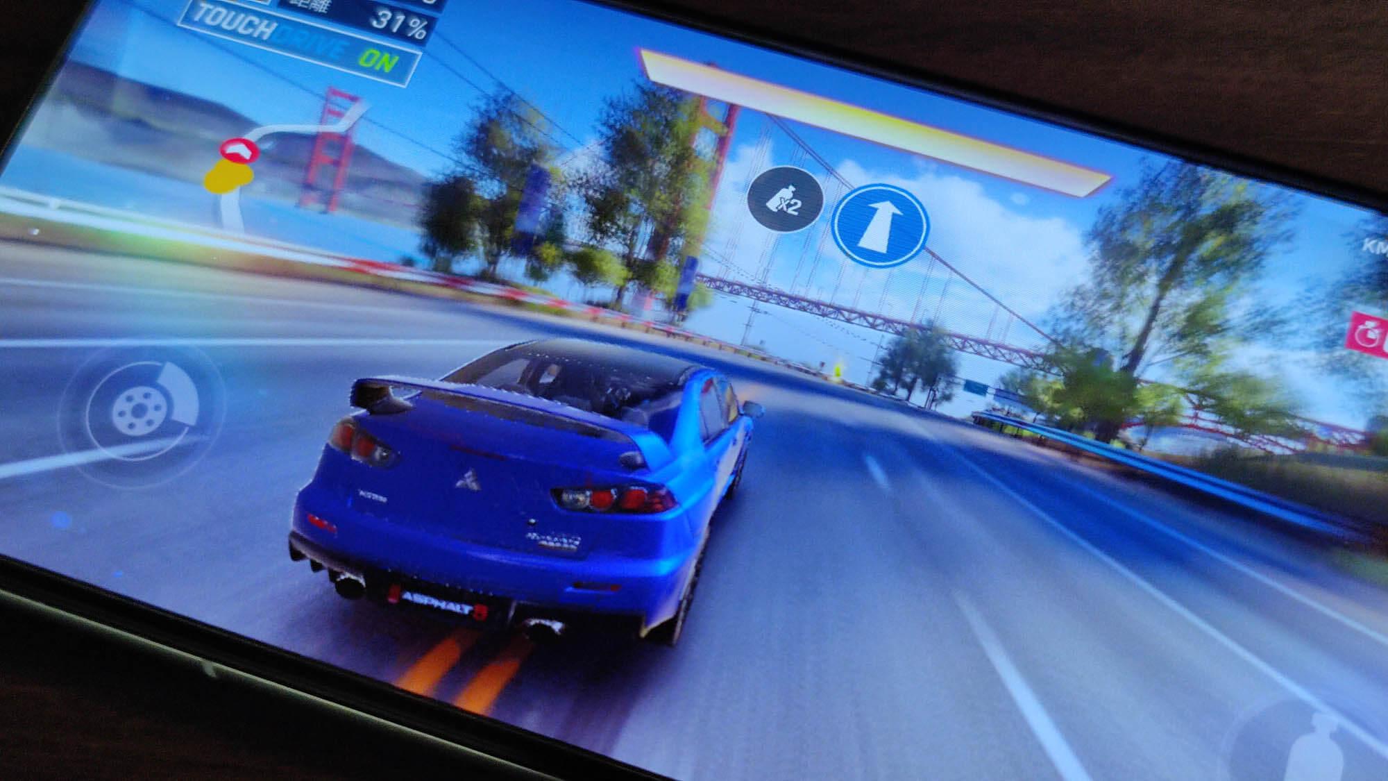 Huawei P40ではAsphalt 9が60FPS設定で遊べる
