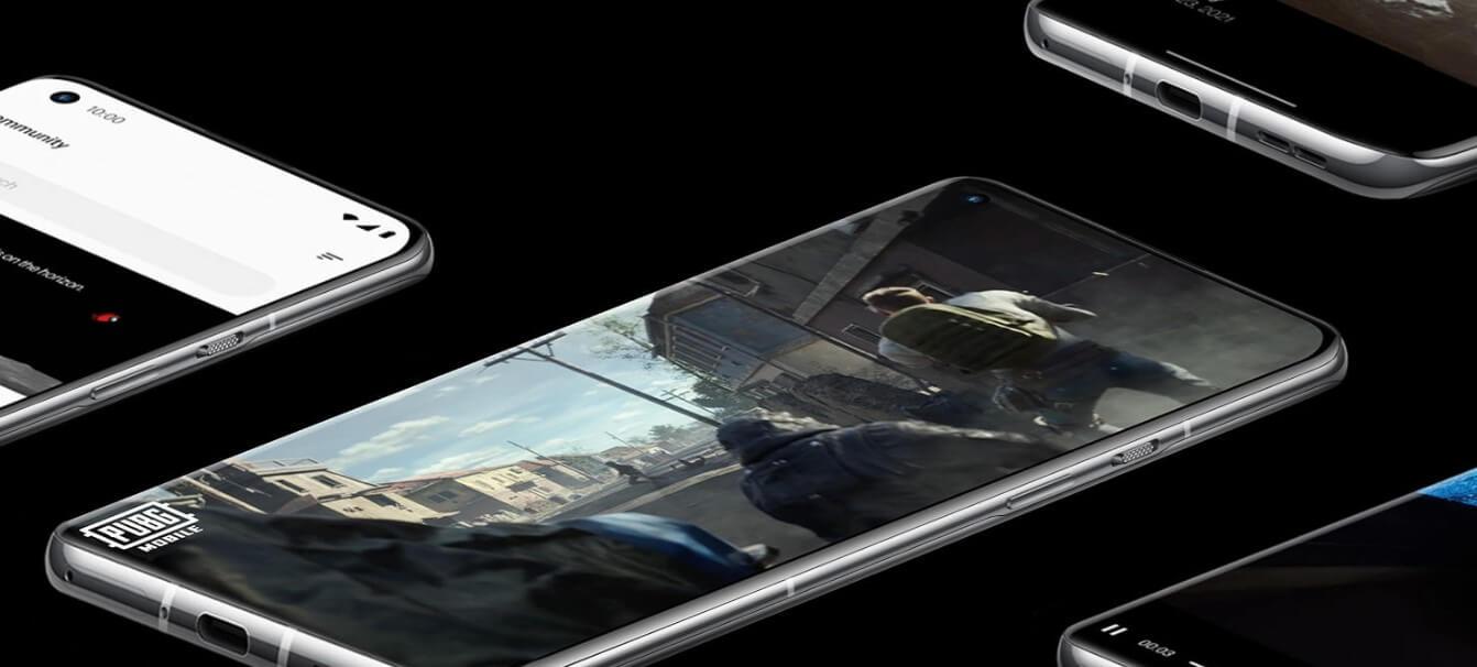 OnePlus 9 ProはOnePlus 9と比較してディスプレイ性能に優れる